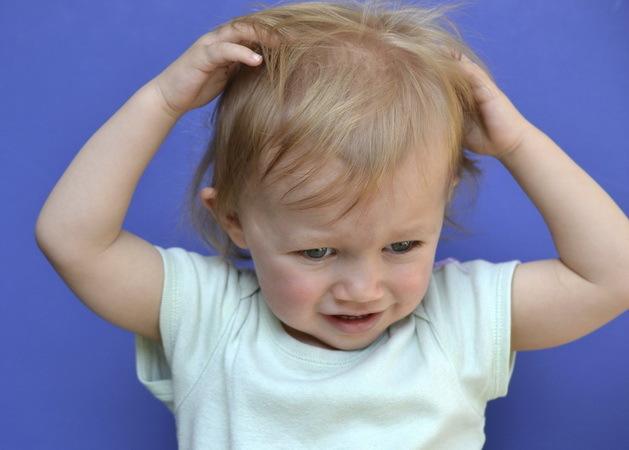 Почему у ребенка чешется голова если она чистая?