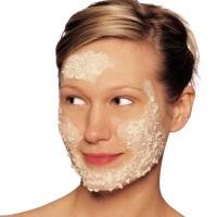 Прыщи на щеках: фото, причины и как избавится