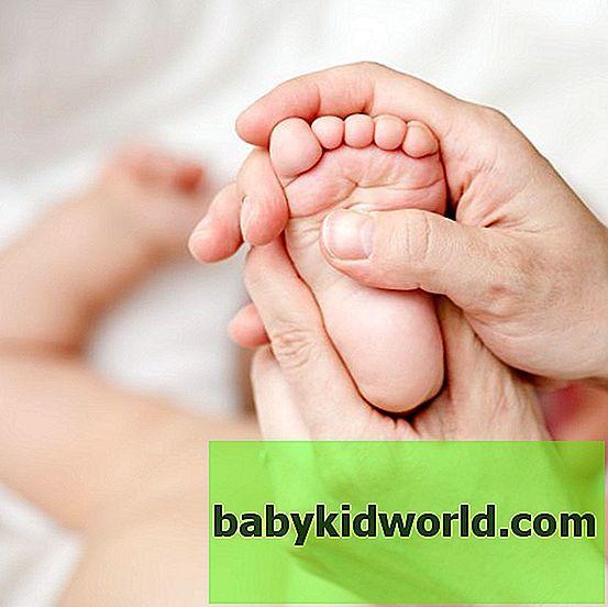 Почему облазит кожа на ногах - все причины и что делать