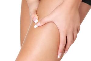 Боль в паху отдает в ногу - главная причина и как вылечить