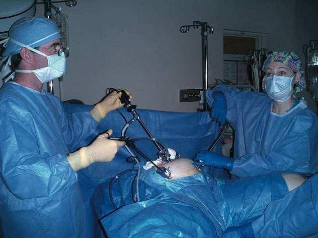 Паховая грыжа у мужчин, причины с фото, и нужна ли операция?