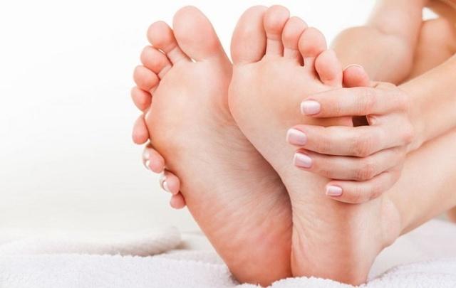 Почему горят стопы ног: все причины и как убрать раздражение