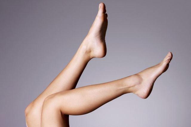 Белые пятна на ногах - все причины с фото и как лечить