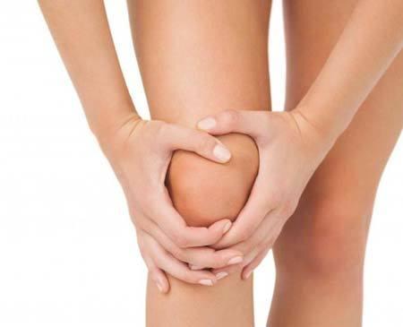 Почему чешутся колени и как избавится от зуда на коленях
