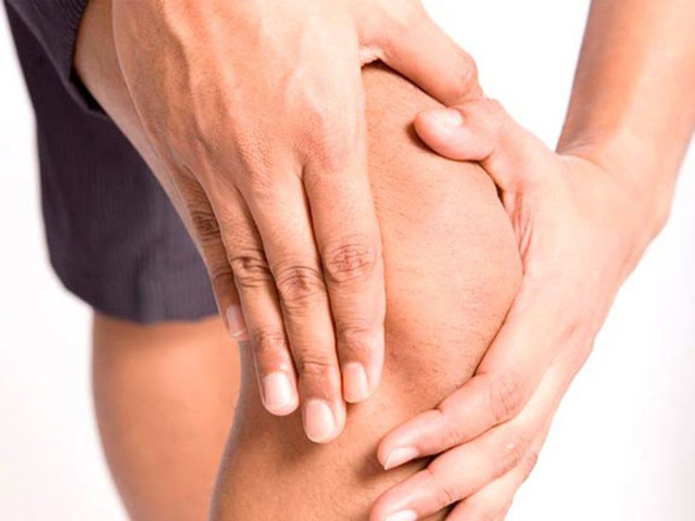 Что делать, если болит вена на ноге под коленом